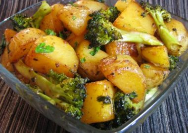 Roasted Baby Potatoes and Broccoli with Soy Sauce, Butter and Parsley