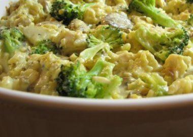 Chicken, Mushroom, Broccoli, and Rice Casserole