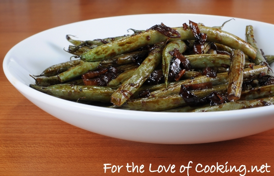 Balsamic Green Beans with Red Onions and Shallots