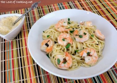 Fresh Herb and Garlic Pasta with Shrimp