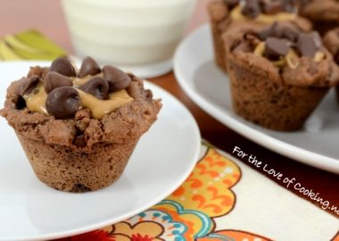Peanut Butter Cup Brownie Bites