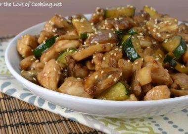 Chicken, Mushroom, and Zucchini Stir Fry