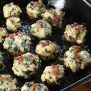 Cheesy Bacon & Spinach Stuffed Mushrooms