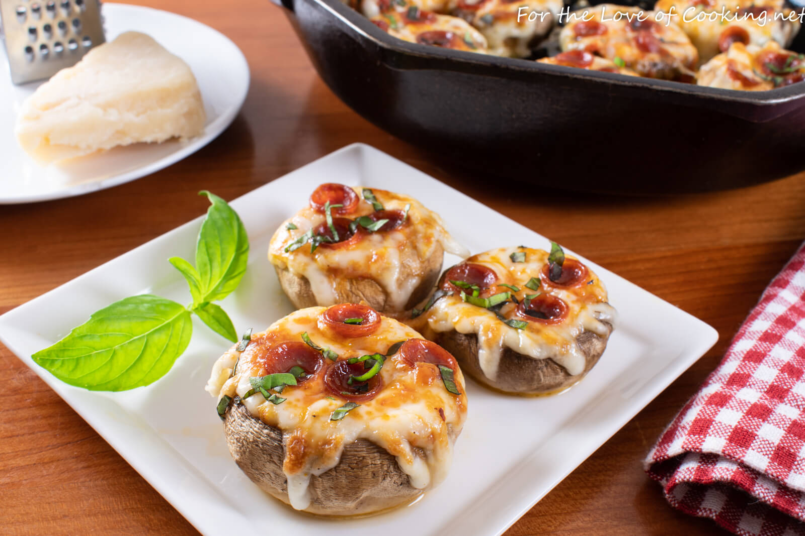 Pepperoni Pizza Stuffed Garlic Butter Mushrooms