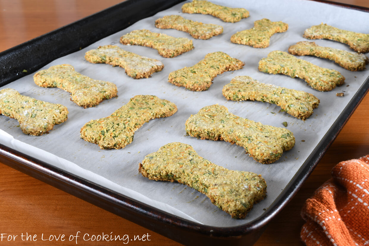 Oat, Banana, Carrot, and Parsley Dog Treats