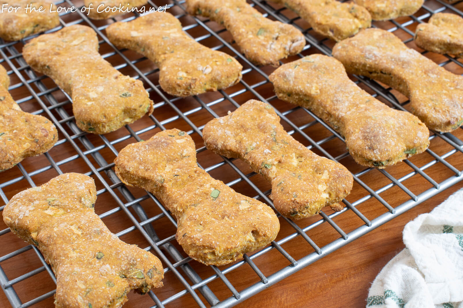 Pumpkin, Apple and Mint Dog Treats