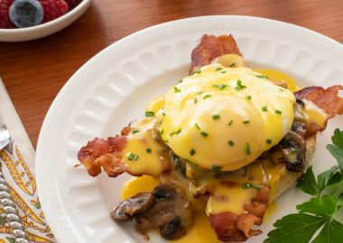 Eggs Benedict with Bacon & Mushrooms