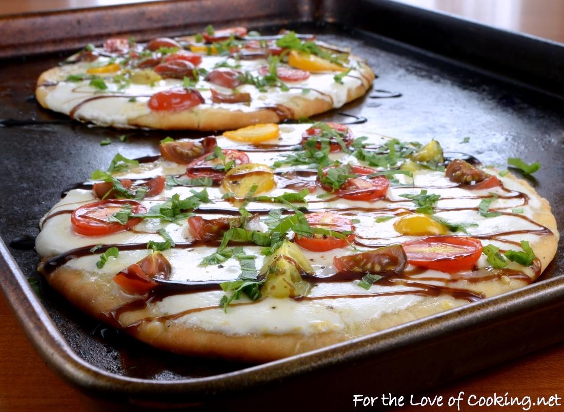 Caprese Flatbread Pizza with Balsamic Glaze