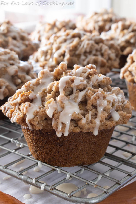 Pumpkin Crumb Cake Muffins with Maple Glaze
